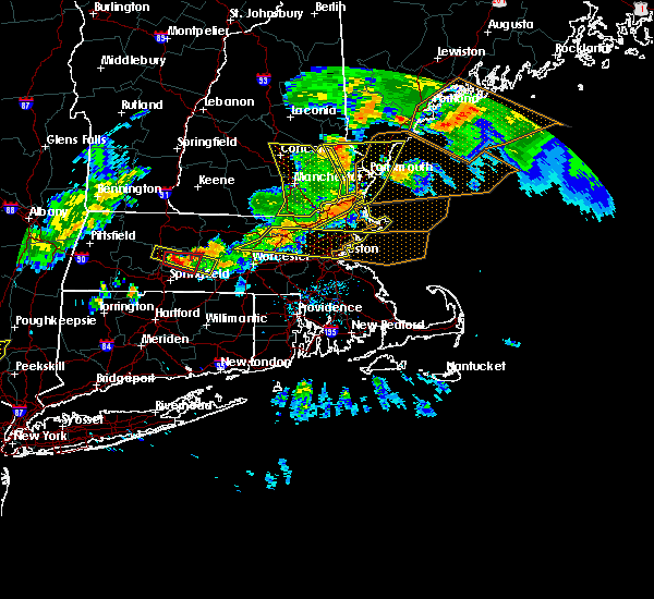 Radar Image for Severe Thunderstorms near Beverly, MA at 6/18/2018 6:44 PM EDT