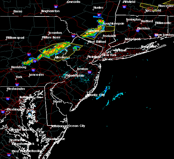 Radar Image for Severe Thunderstorms near Mountain Lake, NJ at 6/18/2018 6:54 PM EDT