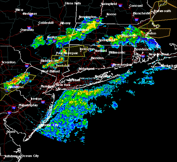 Radar Image for Severe Thunderstorms near Falls Village, CT at 6/18/2018 7:18 PM EDT