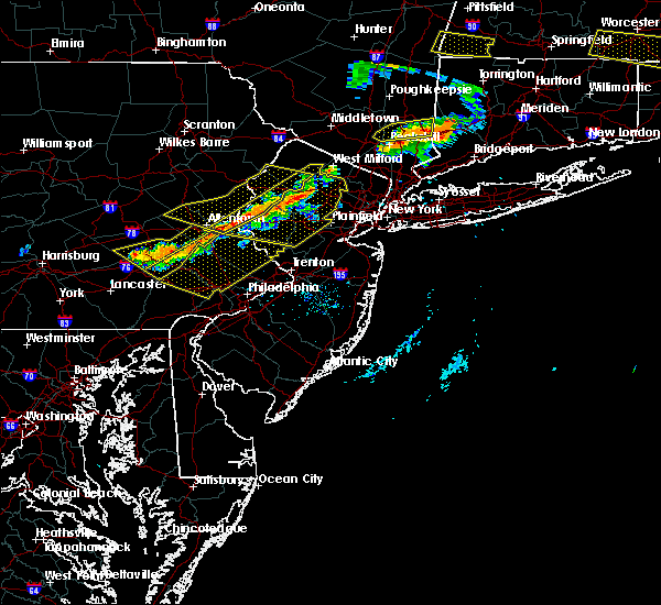 Radar Image for Severe Thunderstorms near Halfway House, PA at 6/18/2018 7:46 PM EDT