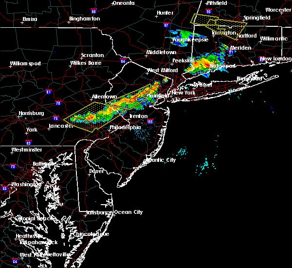 Radar Image for Severe Thunderstorms near Flemington, NJ at 6/18/2018 8:20 PM EDT