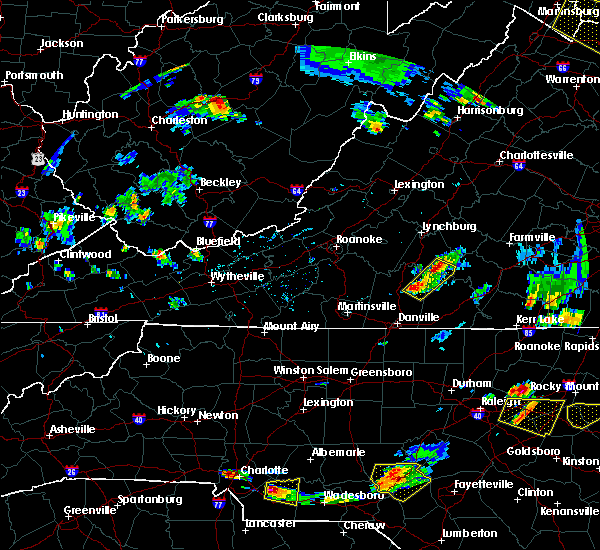 Radar Image for Severe Thunderstorms near Brookneal, VA at 6/20/2018 6:20 PM EDT