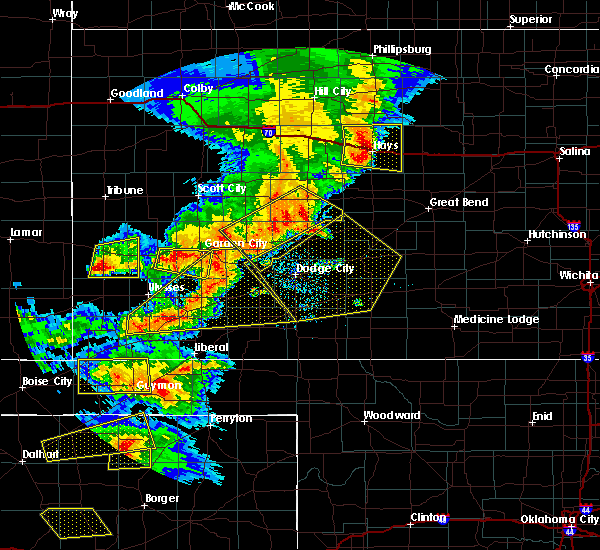 Radar Image for Severe Thunderstorms near Greensburg, KS at 6/22/2018 6:24 PM CDT