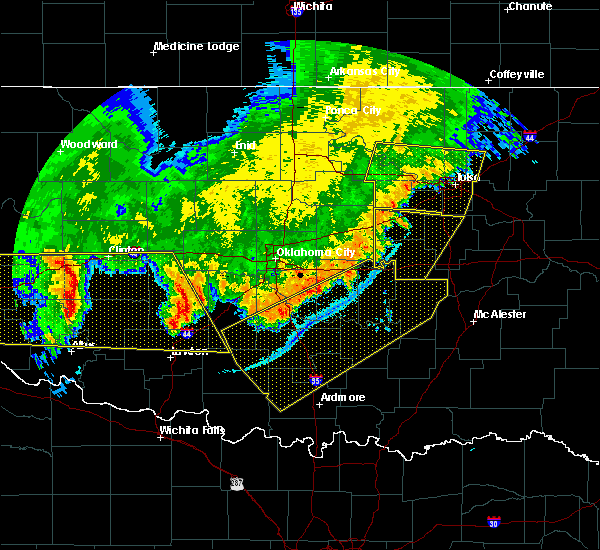 Radar Image for Severe Thunderstorms near Prague, OK at 6/22/2018 11:47 PM CDT