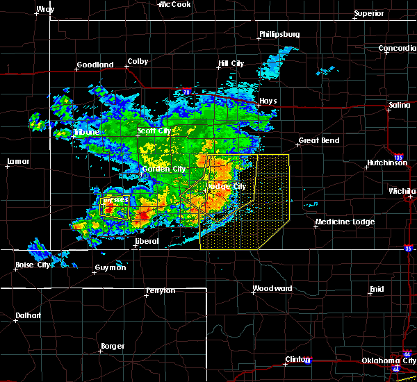 Radar Image for Severe Thunderstorms near Greensburg, KS at 6/23/2018 11:20 PM CDT