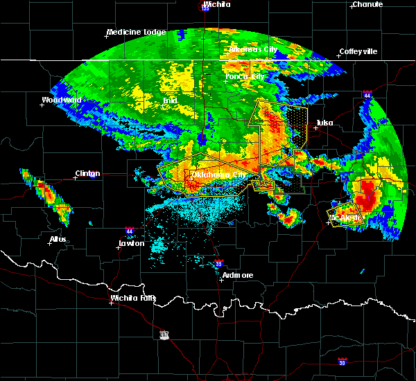 Radar Image for Severe Thunderstorms near Prague, OK at 6/24/2018 4:37 AM CDT