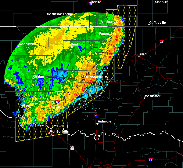 Radar Image for Severe Thunderstorms near Prague, OK at 6/25/2018 3:17 AM CDT