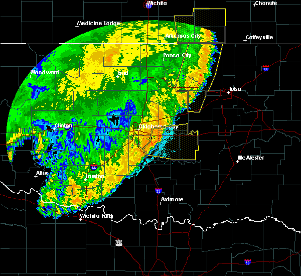 Radar Image for Severe Thunderstorms near Prague, OK at 6/25/2018 3:33 AM CDT
