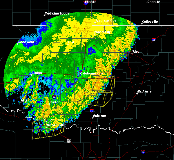 Radar Image for Severe Thunderstorms near Prague, OK at 6/25/2018 4:04 AM CDT