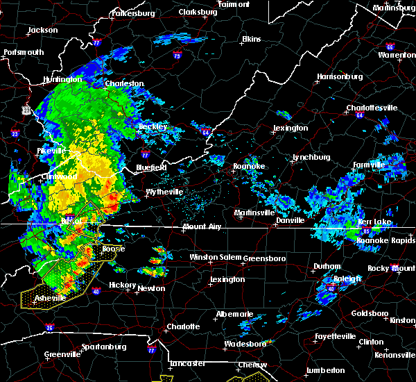 Radar Image for Severe Thunderstorms near Mountain City, TN at 6/25/2018 4:18 PM EDT