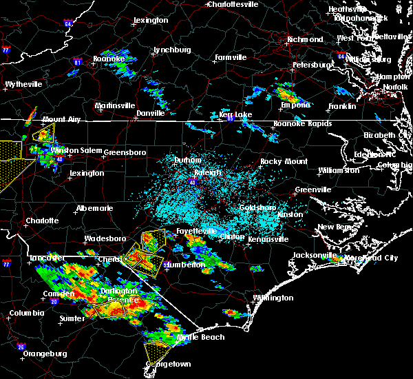 Radar Image for Severe Thunderstorms near Fayetteville, NC at 6/25/2018 5:32 PM EDT
