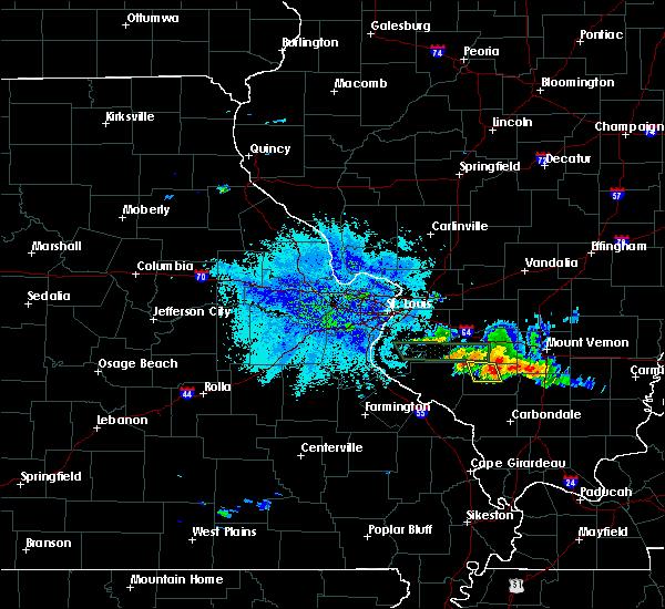 Radar Image for Severe Thunderstorms near Pinckneyville, IL at 6/25/2018 9:16 PM CDT