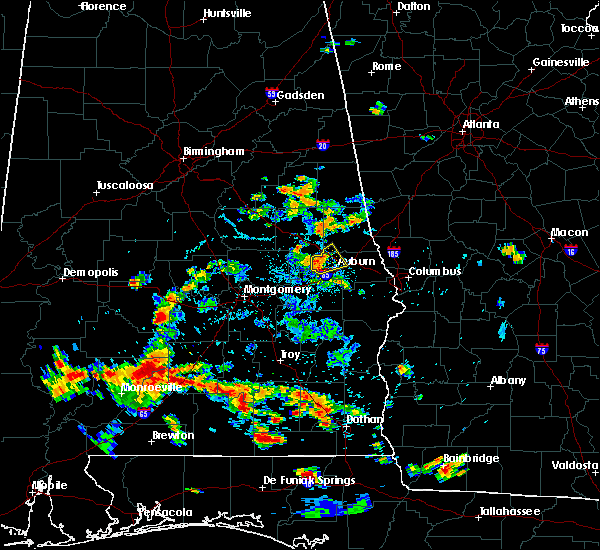 Radar Image for Severe Thunderstorms near Opelika, AL at 6/26/2018 5:06 PM CDT