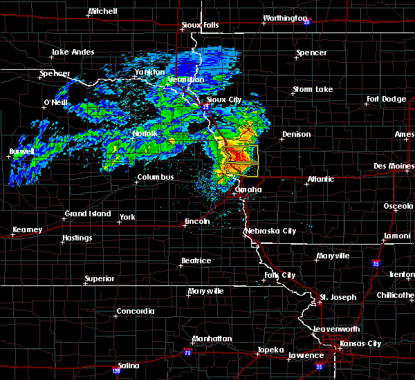Radar Image for Severe Thunderstorms near Moorhead, IA at 6/28/2018 9:56 AM CDT