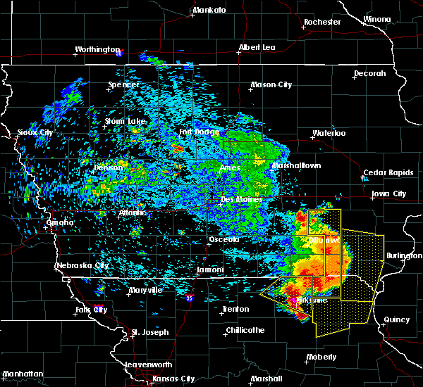 Radar Image for Severe Thunderstorms near Cantril, IA at 6/28/2018 2:06 PM CDT