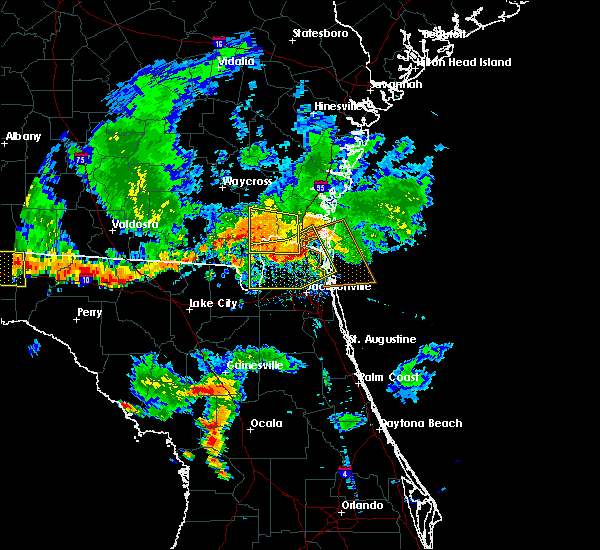 Radar Image for Severe Thunderstorms near Callahan, FL at 6/28/2018 7:31 PM EDT