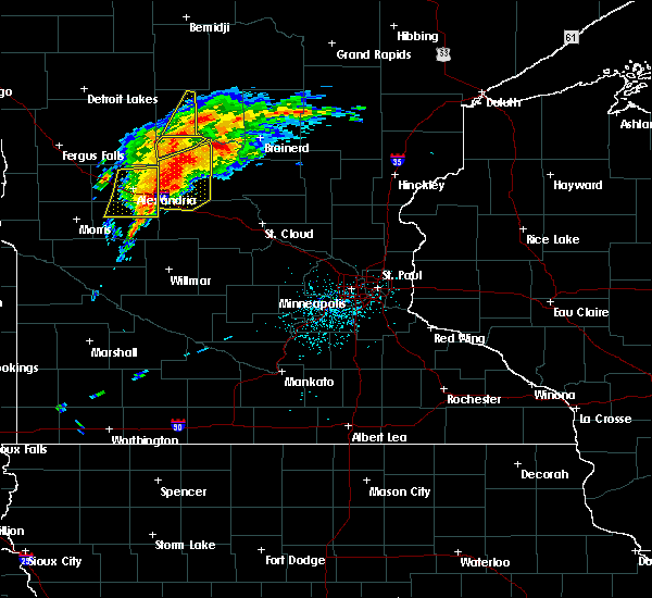 Radar Image for Severe Thunderstorms near Bertha, MN at 6/30/2018 12:50 AM CDT
