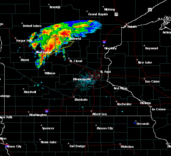 Radar Image for Severe Thunderstorms near West Union, MN at 6/30/2018 1:14 AM CDT