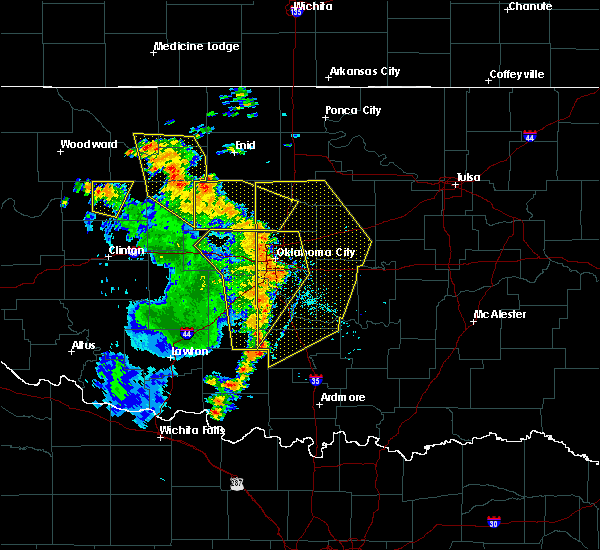 Radar Image for Severe Thunderstorms near Prague, OK at 6/30/2018 4:31 PM CDT
