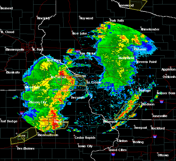 Radar Image for Severe Thunderstorms near Fountain, MN at 6/30/2018 7:40 PM CDT
