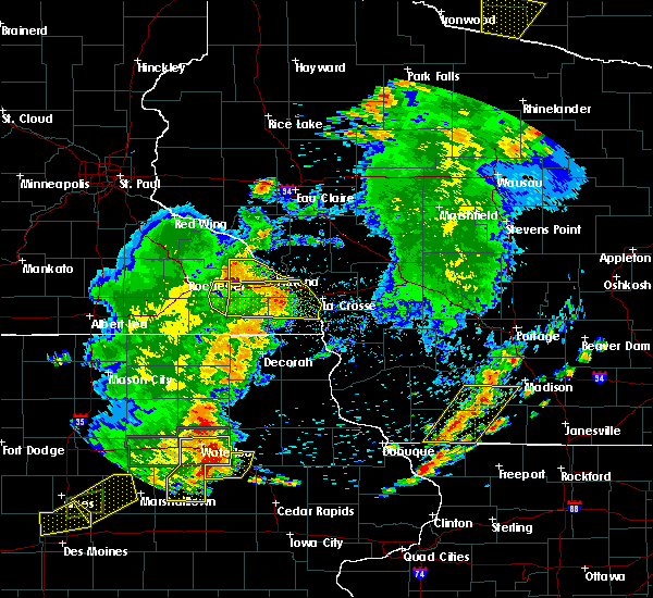Radar Image for Severe Thunderstorms near Minnesota City, MN at 6/30/2018 7:46 PM CDT