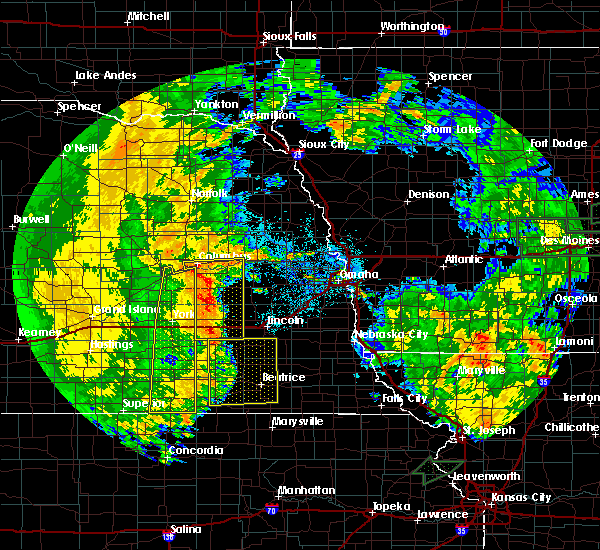 Radar Image for Severe Thunderstorms near Rising City, NE at 7/1/2018 12:36 AM CDT