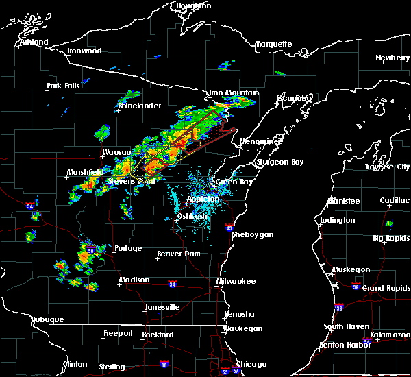 Radar Image for Severe Thunderstorms near Pembine, WI at 7/1/2018 12:47 PM CDT