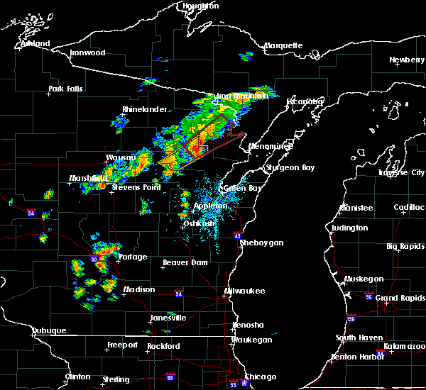 Radar Image for Severe Thunderstorms near Pembine, WI at 7/1/2018 1:02 PM CDT