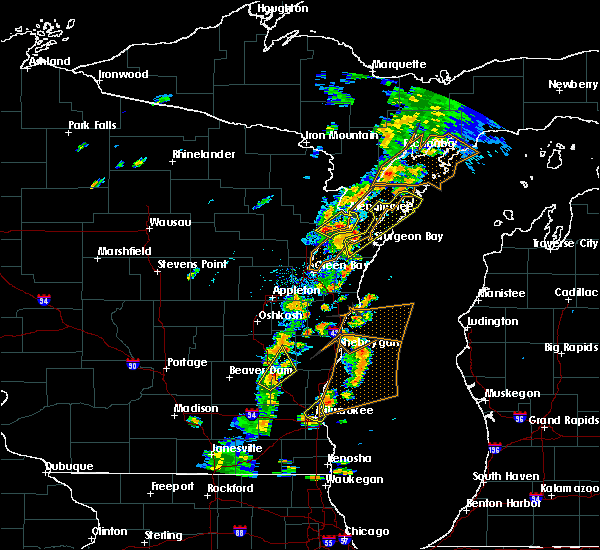 Radar Image for Severe Thunderstorms near Sturgeon Bay, WI at 7/1/2018 3:48 PM CDT