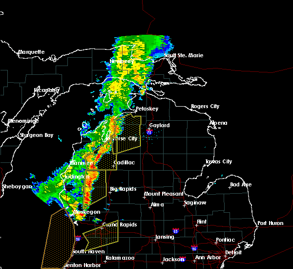 Radar Image for Severe Thunderstorms near South Boardman, MI at 7/1/2018 8:03 PM EDT