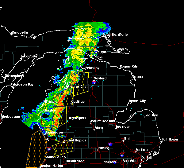 Radar Image for Severe Thunderstorms near South Boardman, MI at 7/1/2018 8:12 PM EDT