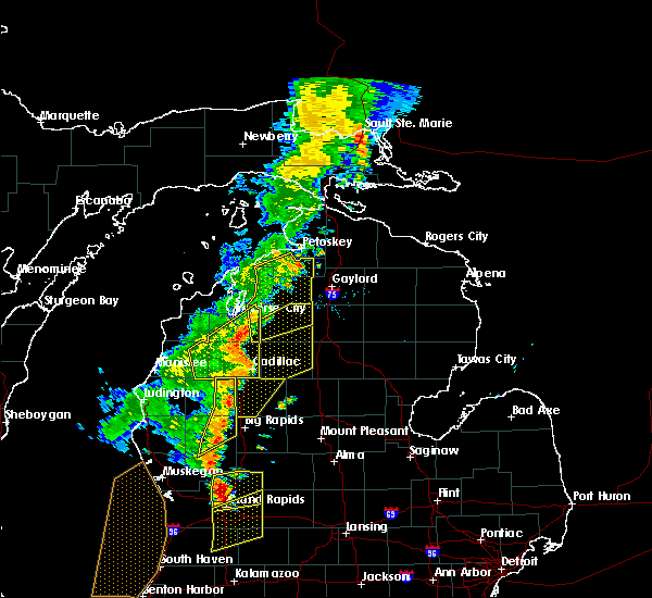 Radar Image for Severe Thunderstorms near South Boardman, MI at 7/1/2018 8:25 PM EDT