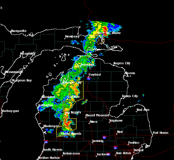 Radar Image for Severe Thunderstorms near South Boardman, MI at 7/1/2018 8:55 PM EDT