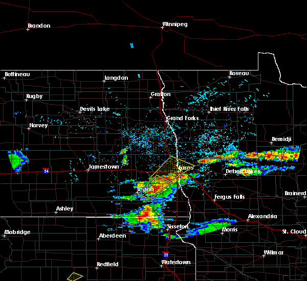 Radar Image for Severe Thunderstorms near Fargo, ND at 7/2/2018 10:03 PM CDT
