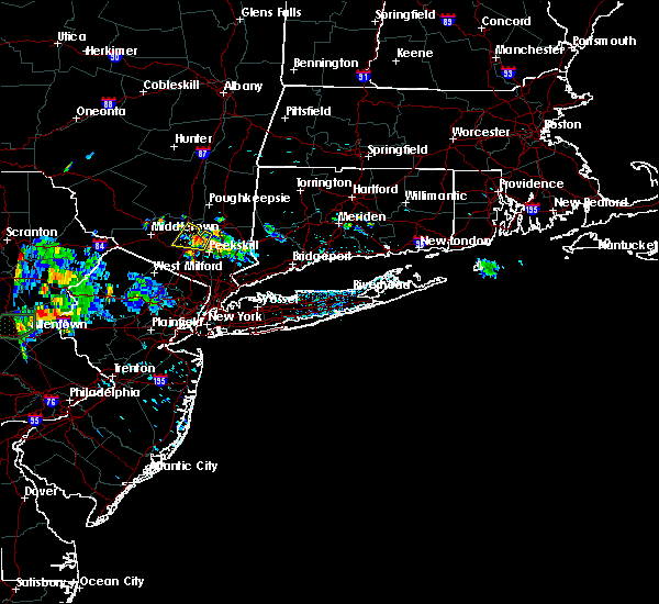 Radar Image for Severe Thunderstorms near New Windsor, NY at 7/4/2018 3:40 PM EDT