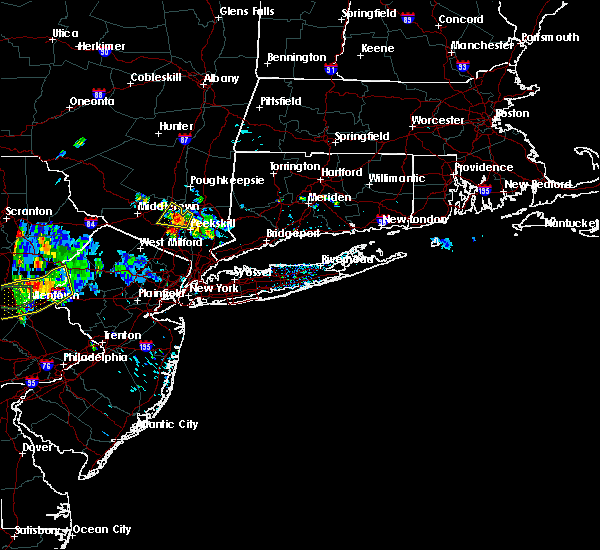 Radar Image for Severe Thunderstorms near New Windsor, NY at 7/4/2018 3:52 PM EDT