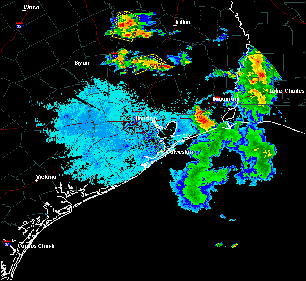 Radar Image for Severe Thunderstorms near Cape Royale, TX at 7/5/2018 7:02 PM CDT