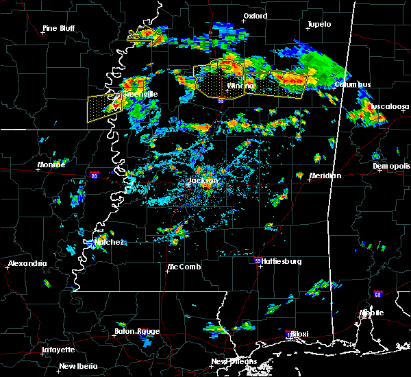 Radar Image for Severe Thunderstorms near Greenville, MS at 7/6/2018 5:00 PM CDT