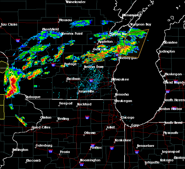 Radar Image for Severe Thunderstorms near Waupun, WI at 7/13/2018 5:25 PM CDT