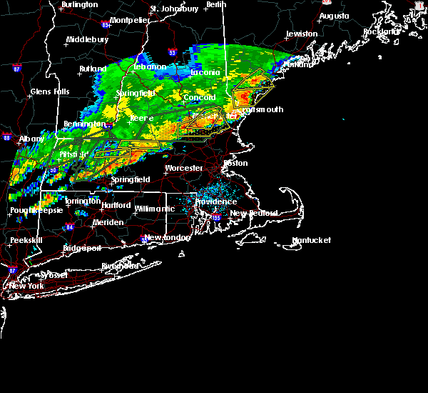 Radar Image for Severe Thunderstorms near Hudson, NH at 7/17/2018 12:32 PM EDT