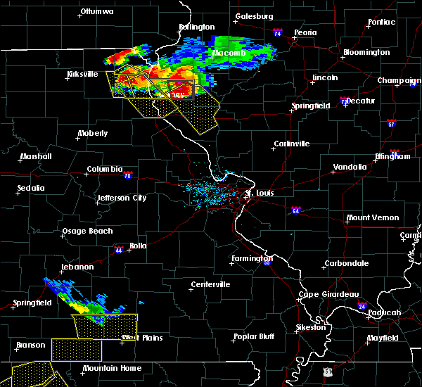 Radar Image for Severe Thunderstorms near Hannibal, MO at 7/19/2018 8:02 PM CDT
