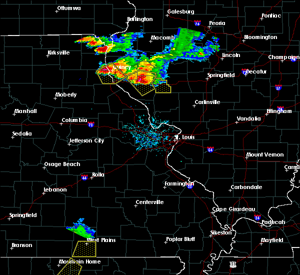 Radar Image for Severe Thunderstorms near Hannibal, MO at 7/19/2018 8:47 PM CDT