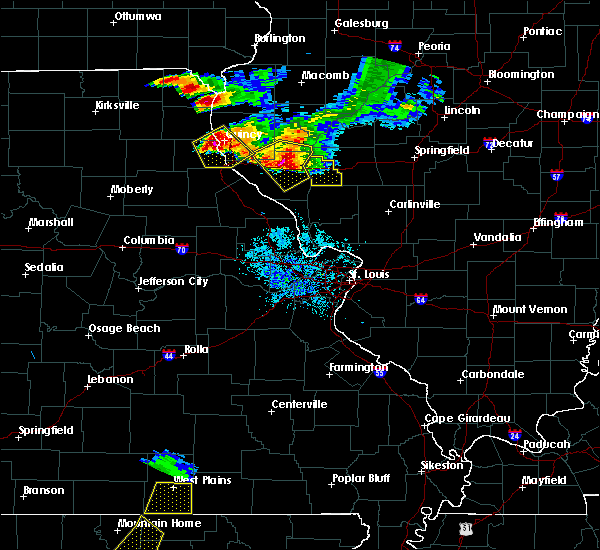 Radar Image for Severe Thunderstorms near Hannibal, MO at 7/19/2018 8:49 PM CDT