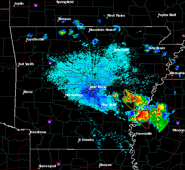 Radar Image for Severe Thunderstorms near Clarksdale, MS at 7/20/2018 11:12 PM CDT