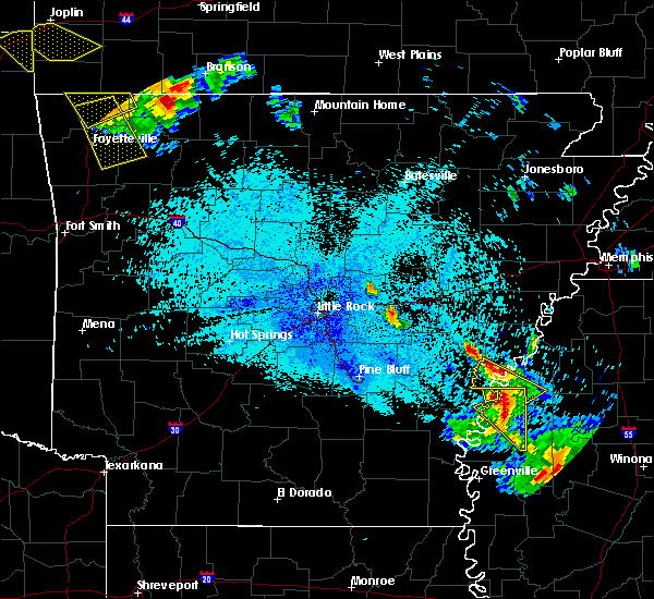 Radar Image for Severe Thunderstorms near Mound Bayou, MS at 7/21/2018 12:11 AM CDT
