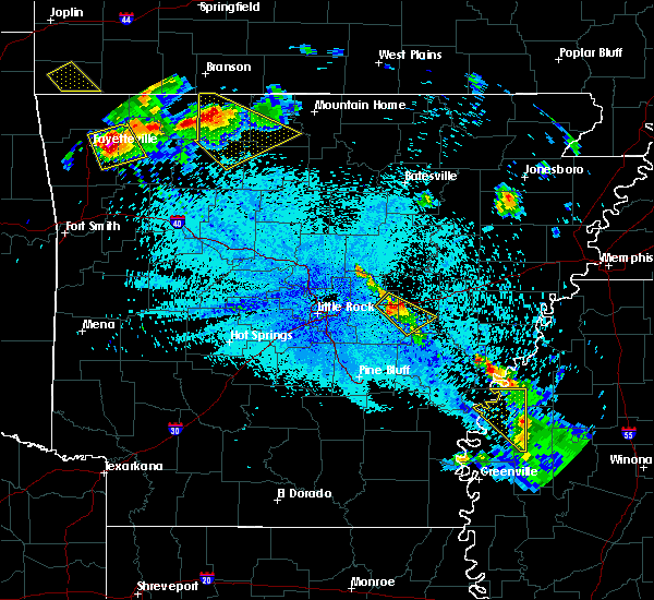 Radar Image for Severe Thunderstorms near Carlisle, AR at 7/21/2018 12:32 AM CDT