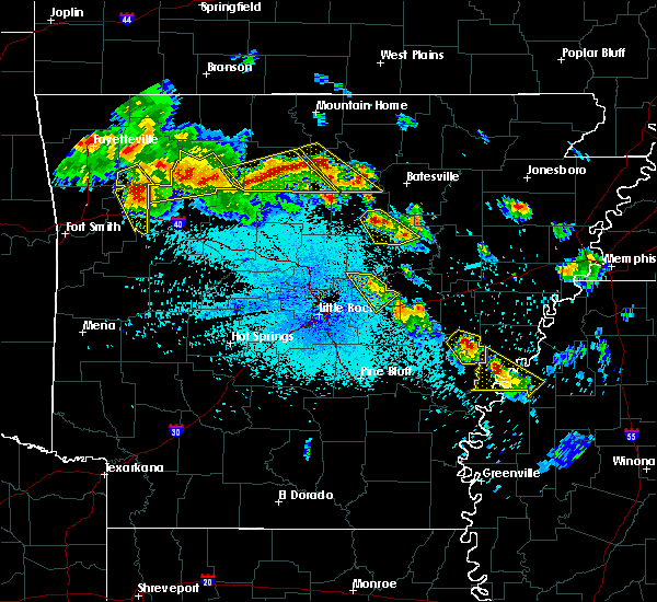 Radar Image for Severe Thunderstorms near Clarksdale, MS at 7/21/2018 1:25 AM CDT