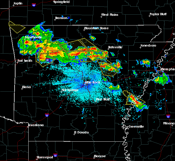 Radar Image for Severe Thunderstorms near Clarksdale, MS at 7/21/2018 1:47 AM CDT