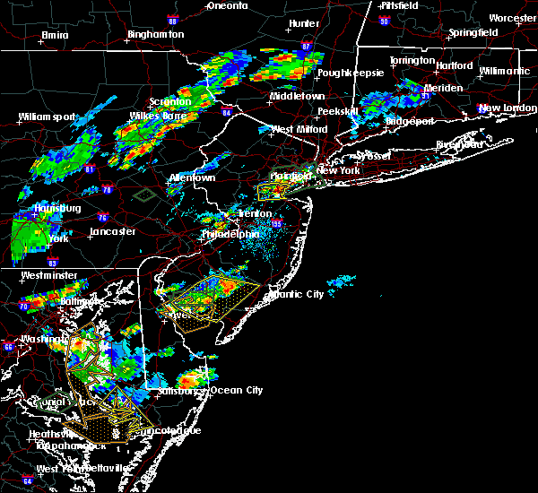 Radar Image for Severe Thunderstorms near Woodbridge, NJ at 7/27/2018 4:35 PM EDT