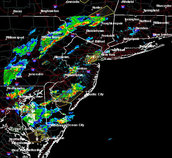 Radar Image for Severe Thunderstorms near Woodbridge, NJ at 7/27/2018 4:53 PM EDT